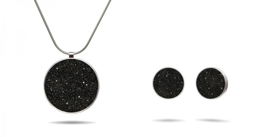 Win a KONZUK Diamond Dust Necklace & Earring Set